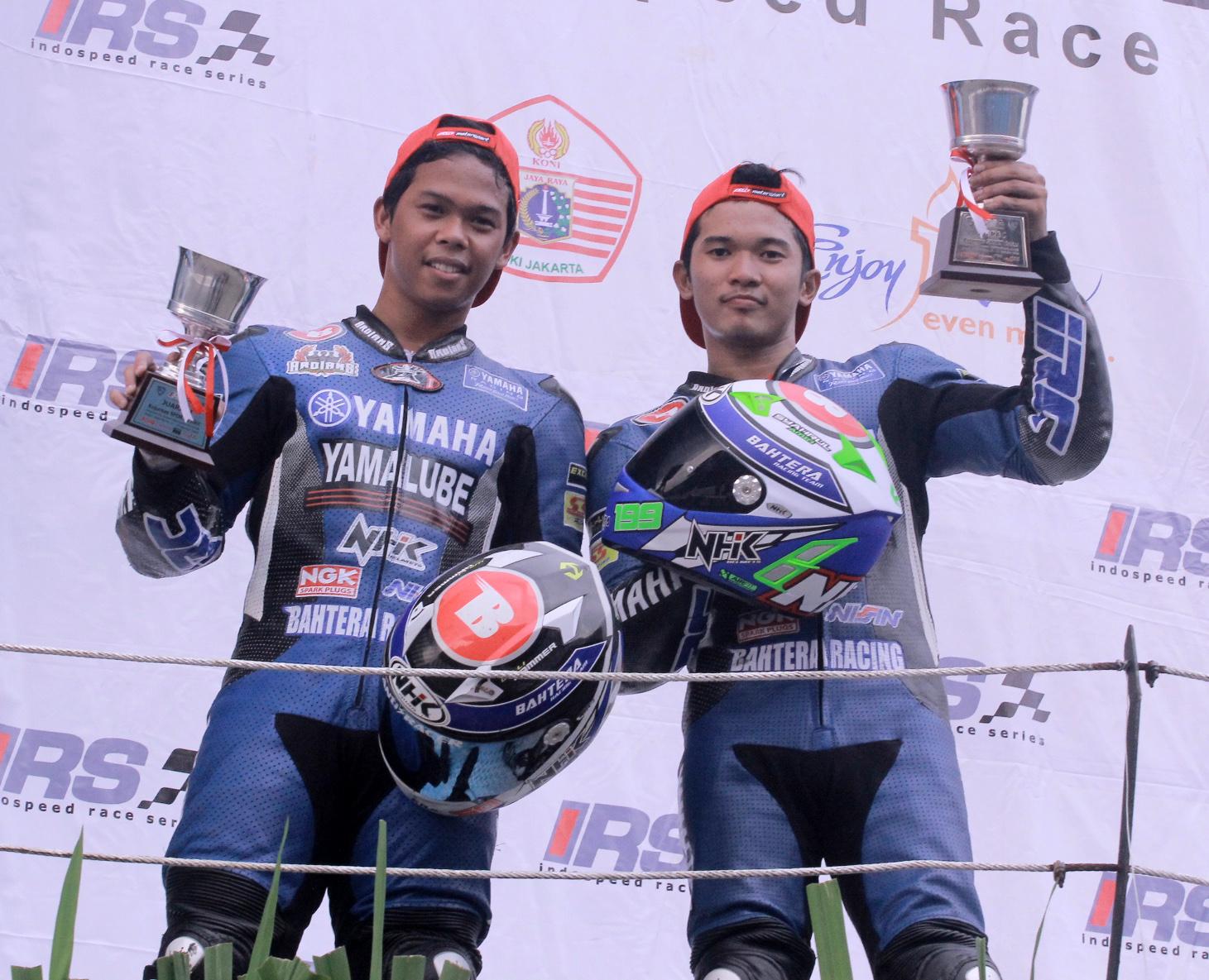 SYAHRUL AMIN & WILLY HAMMER. Penguasa klasemen teratas dan ke-2 Kejurnas IRS Sport 250 cc.jpg