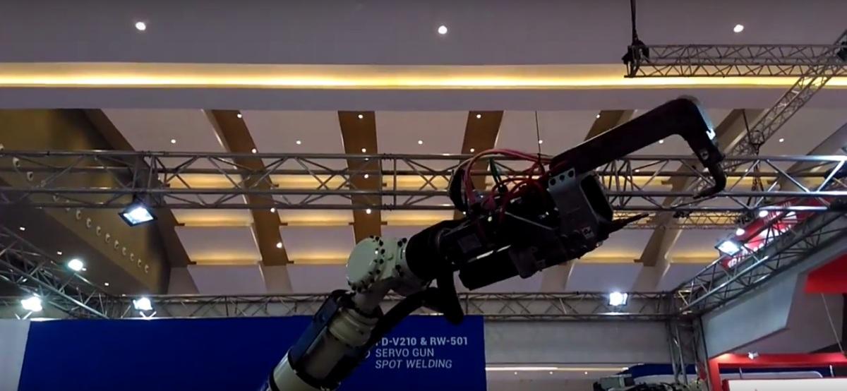 PARADE ROBOT INDUSTRIINDONESIA