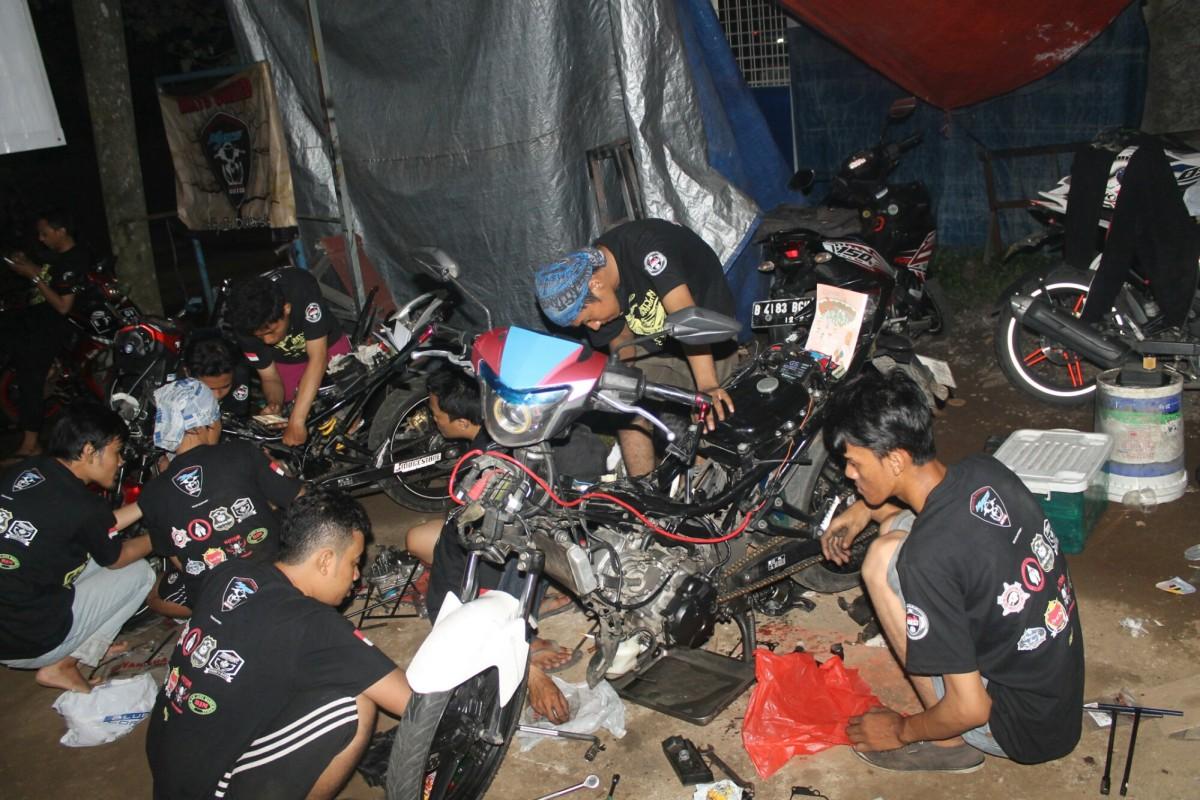 WORKSHOP PINTAR MX15 UNITED CLUB JAKARTA, PAHAMI MOTORMU SEPERTI DIRIMUSENDIRI