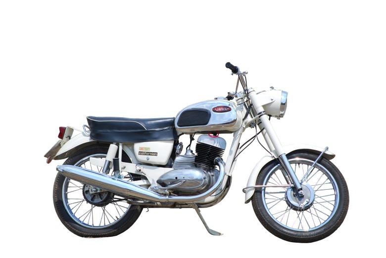 31-JAWA-250-typ-590-1966