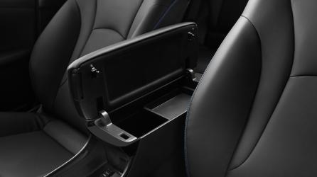 Detail kabin yang melengkapi kenyamanan dan kebutuhan pengguna