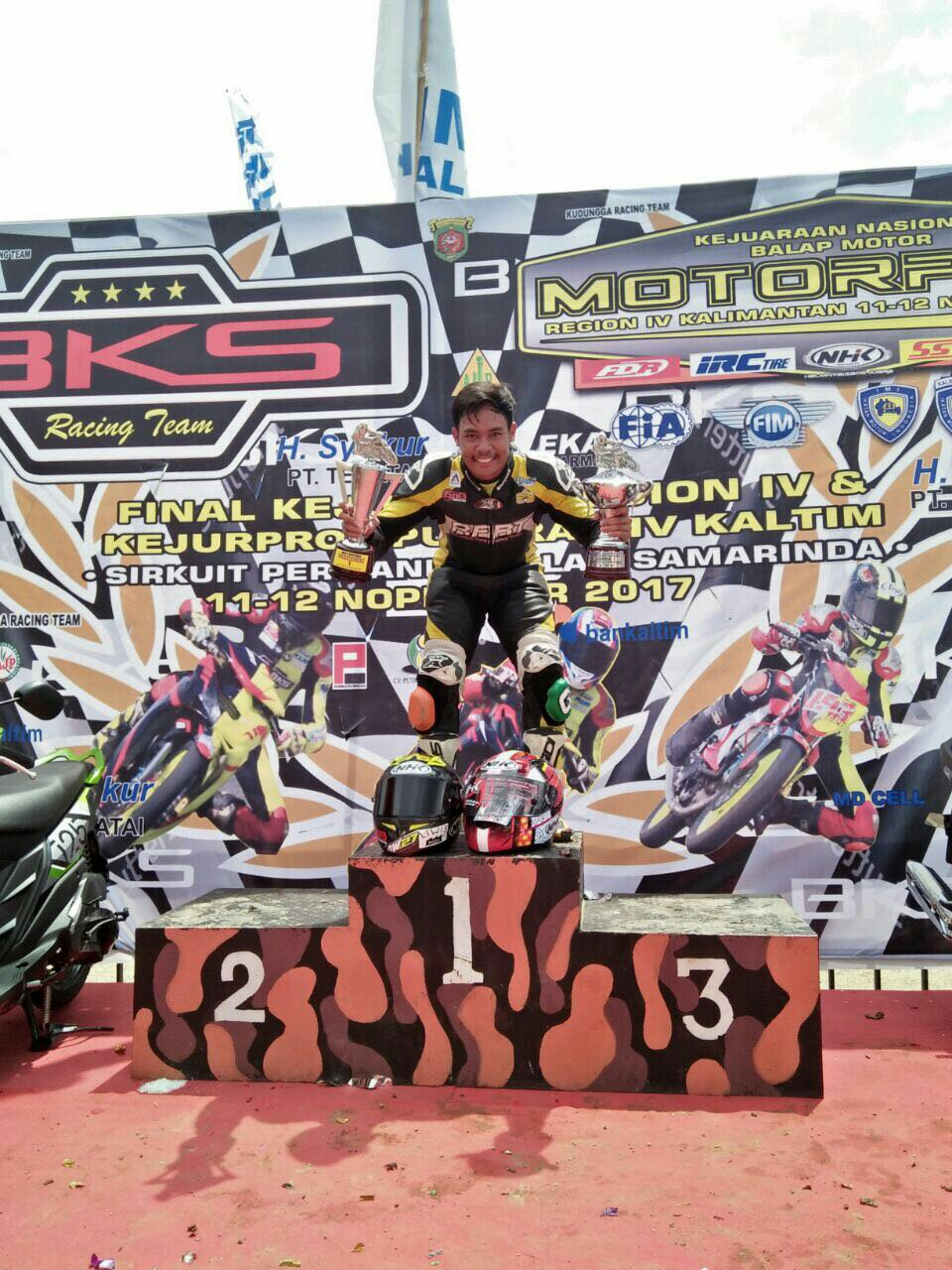 RIDER YAMAHA DOUBLE WINNER KEJURNAS MOTOPRIX KALIMANTAN2017