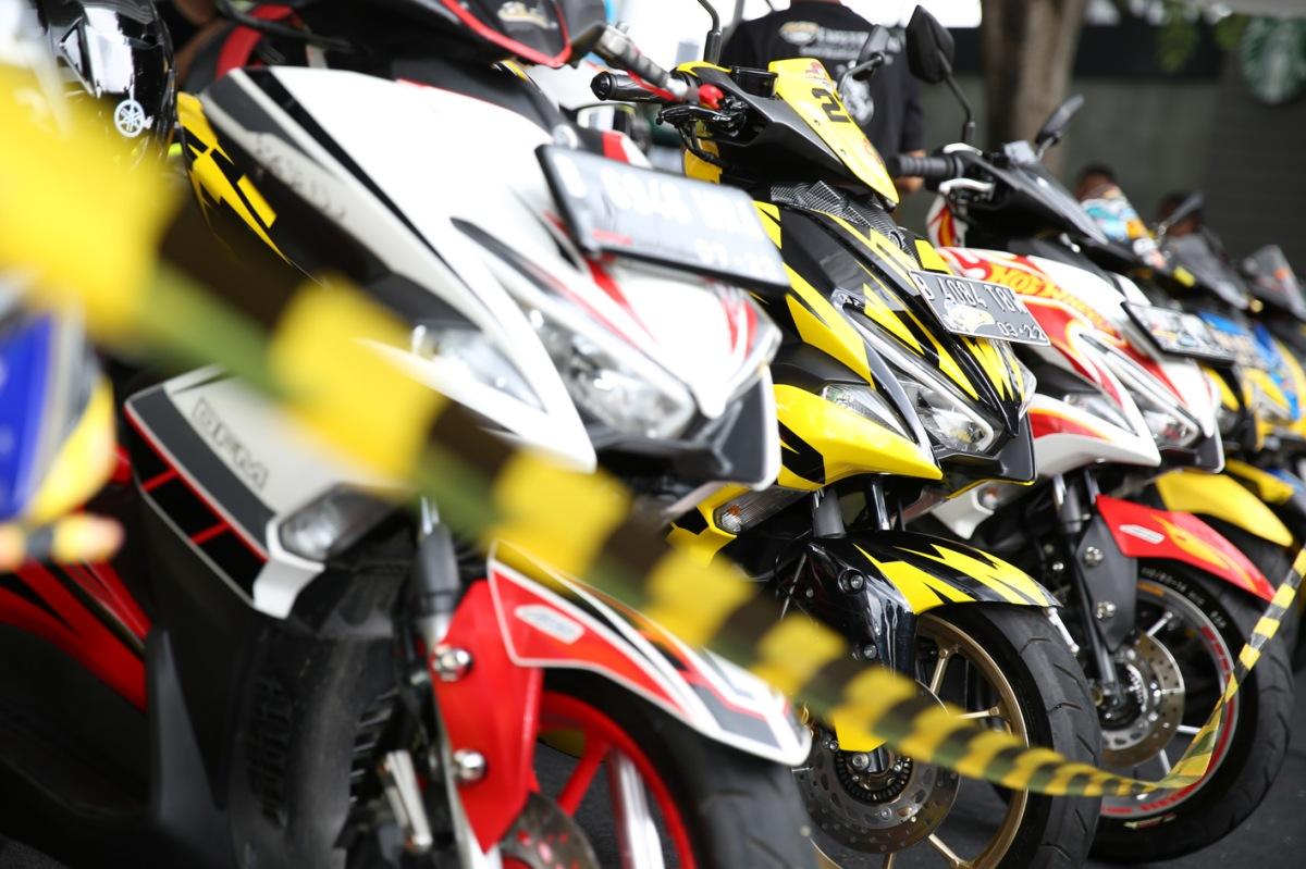 KREATIFITAS MEMBUAT MOTOR IMPIAN DICUSTOMAXI