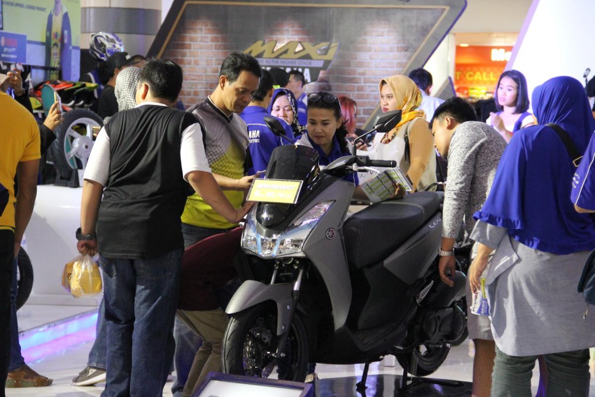 CIREBON SIAP DI GUNCANG OLEH SENSASI MOTOR BLUE COREYAMAHA