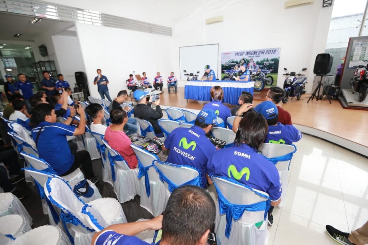 SURVEY SINGKAT, NEW YAMAHA R25 DIBANDING KOMPETITORNYA DI MATAMASYARAKAT