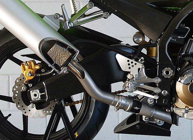 Kawasaki ZX10 Launch 2004