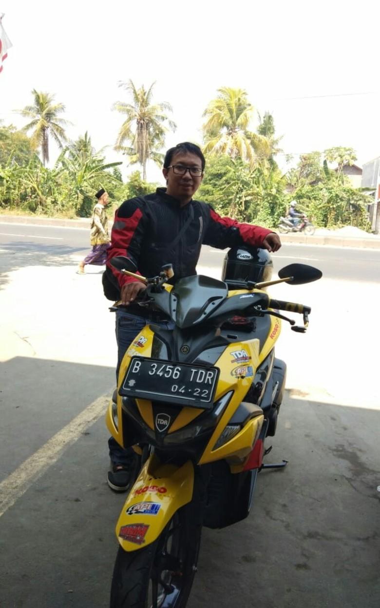 Faisal Ramdhan dengan Yamaha Aerox 155