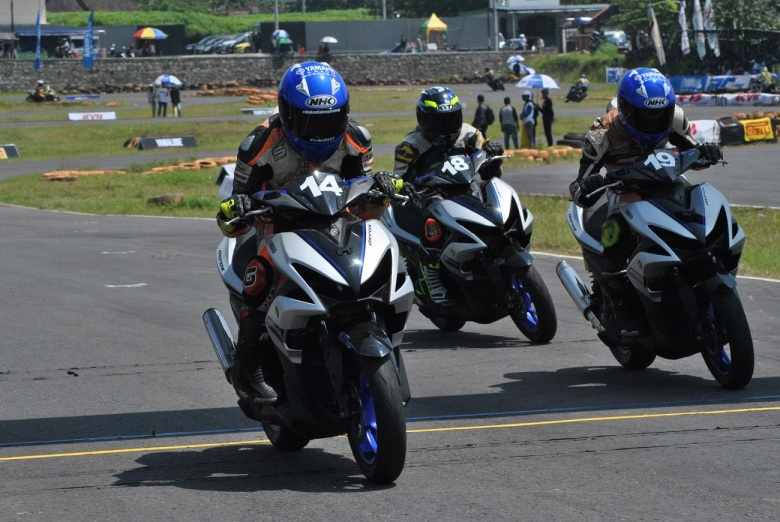 Kelas YCR12 (Yamaha Aerox 155 Std Open)