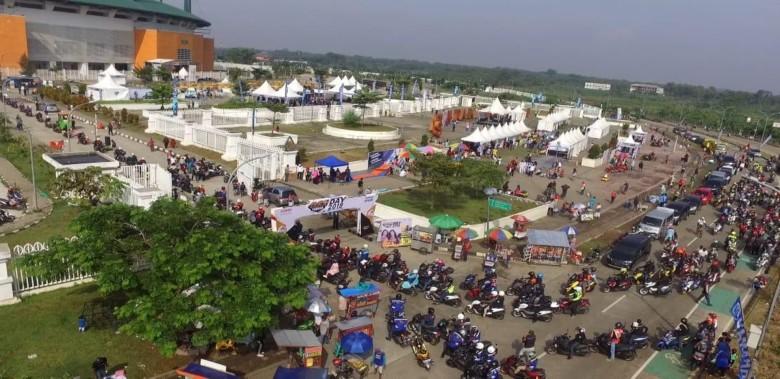 MAXI Yamaha Day di Stadion Pakansari Cibinong (1)