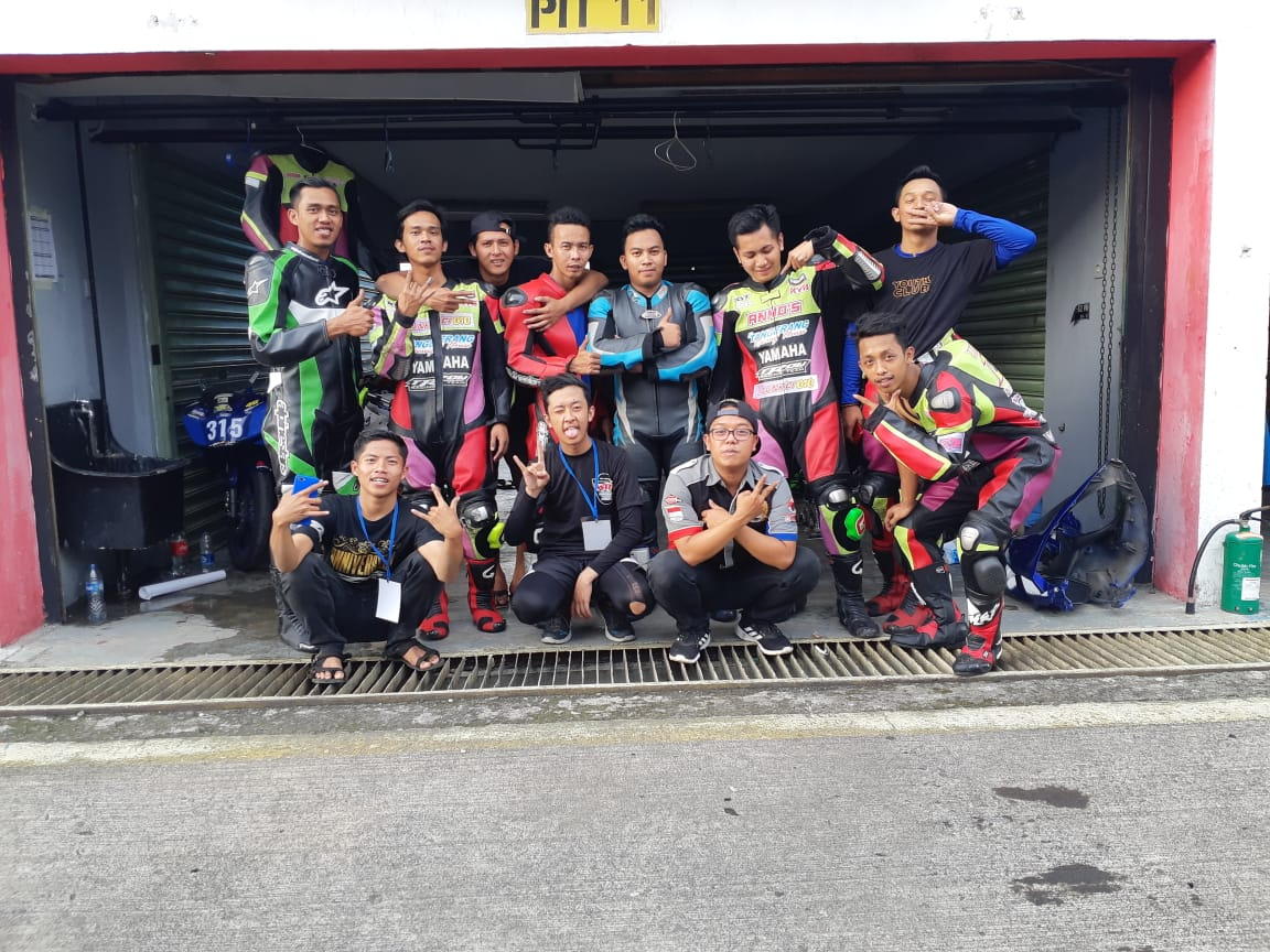 TROW RACING TEAM BUKA SERI PERDANA YAMAHA SUNDAY RACE DENGAN SATU PODIUMUTAMA