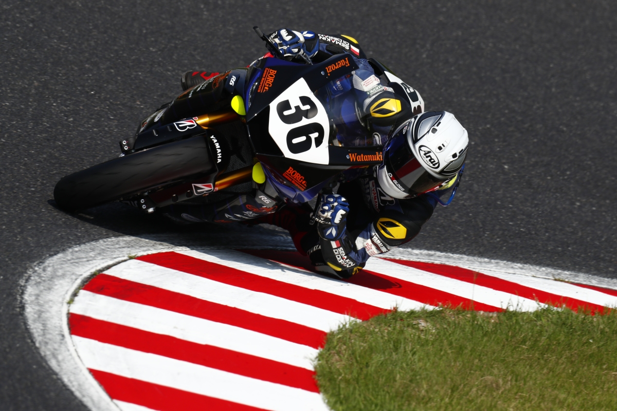RIDER YAMAHA RACING INDONESIA RAIH POLE POSITION DI SUZUKA 4 HOURS