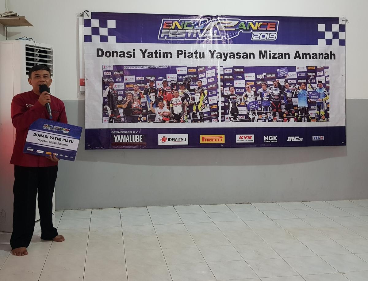 PRESIDEN YAMAHA INDONESIA DONASIKAN HADIAH BALAP ENDURANCE KEPADA ANAK YATIMPIATU