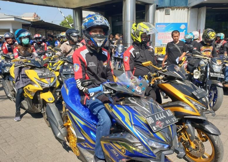 500 Bikers di Blue Core Yamaha Motor Show Makassar