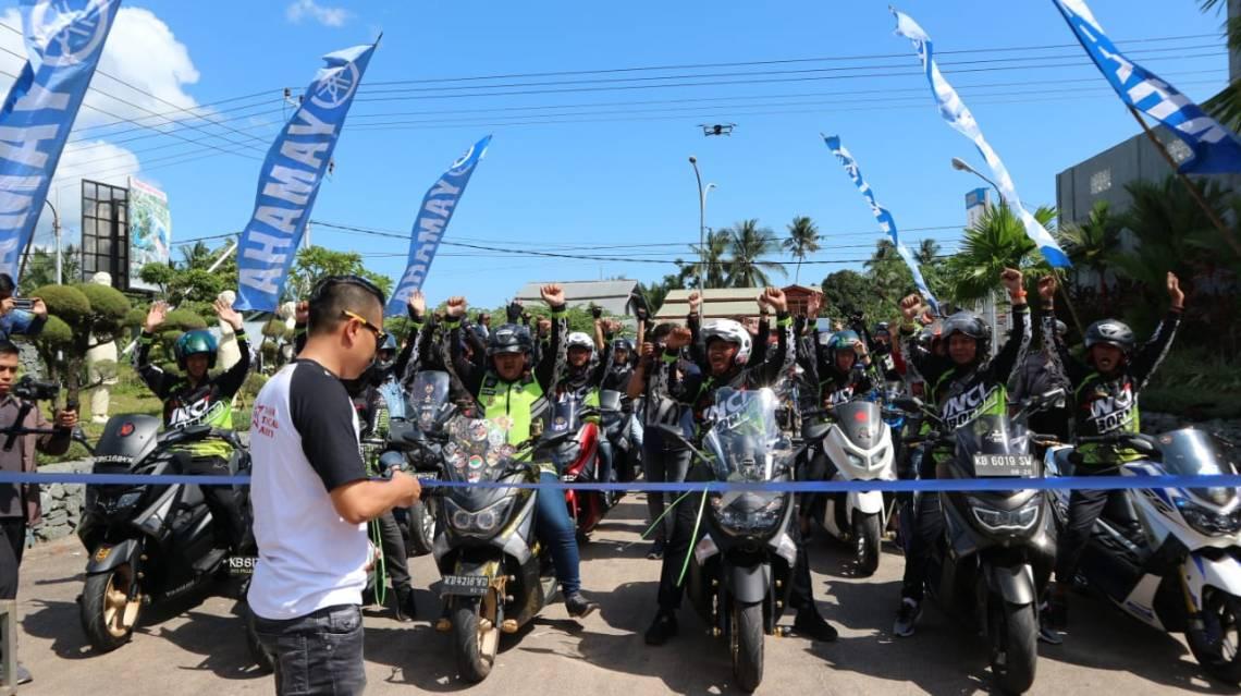 Kemeriahan MAXI Yamaha Day Singkawang