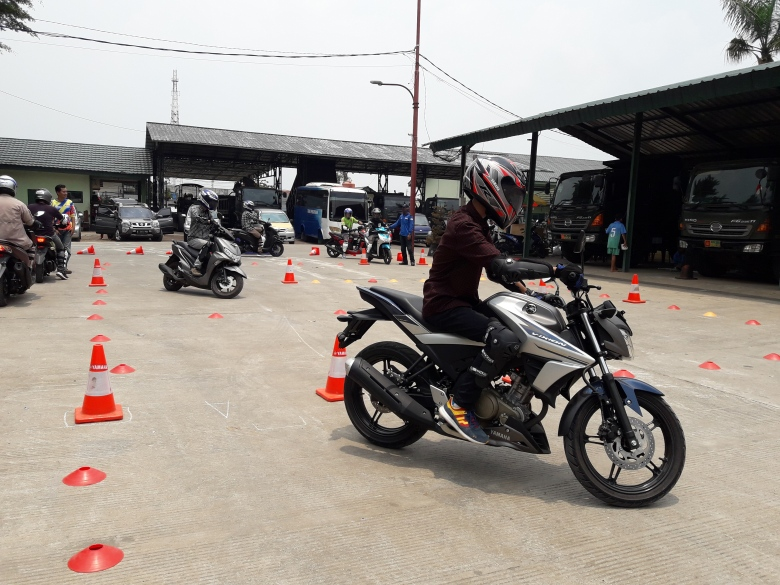 Safety Riding (3)