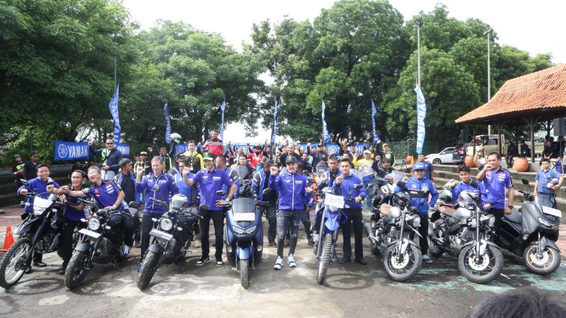 Valentino Rossi dan Maverick Vinales touring bersama Yamaha Riders Federation Indonesia (YRFI)